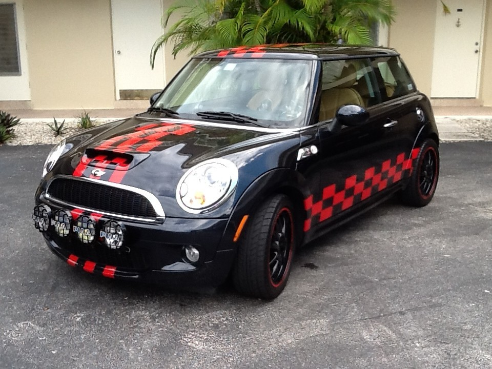 Corvette Car Wrap further 1003057772 as well Vehicle Wraps Denver in addition Srg Roofing Spot Graphics moreover Mini 20Cooper 20Custom 20Graphics 20Fort 20Lauderdale. on truck graphics wraps