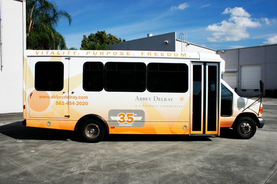 Hotel Airport Amp Limo Shuttle Bus Wraps Graphics Amp Lettering