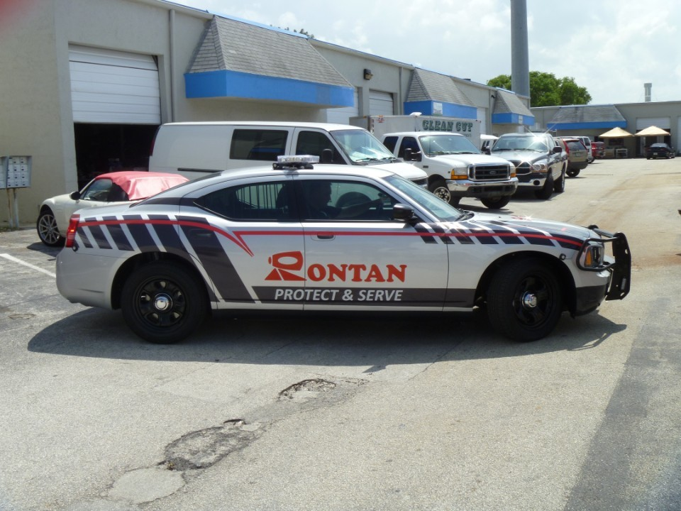 Rontan North America vinyl lettering and vinyl graphics, Car Wrap Solutions
