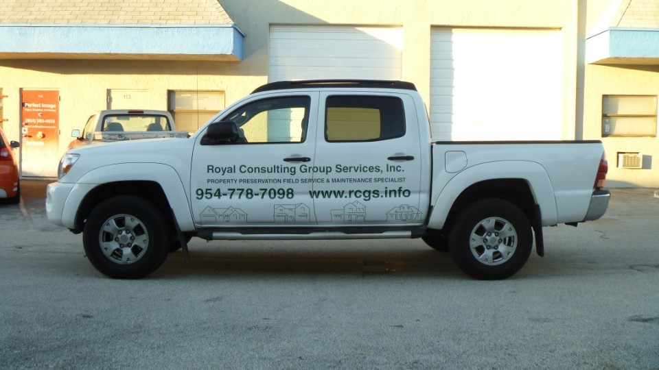 jpg surveying company vinyl truck lettering royal consulting group fort lauderdale